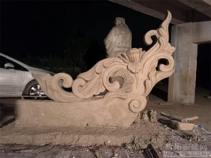 古建材料青灰瓦应该怎么铺设?